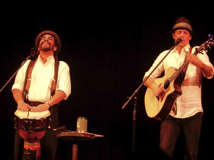 Jason Mraz & Toca Rivera at Orpheum Theater - Omaha